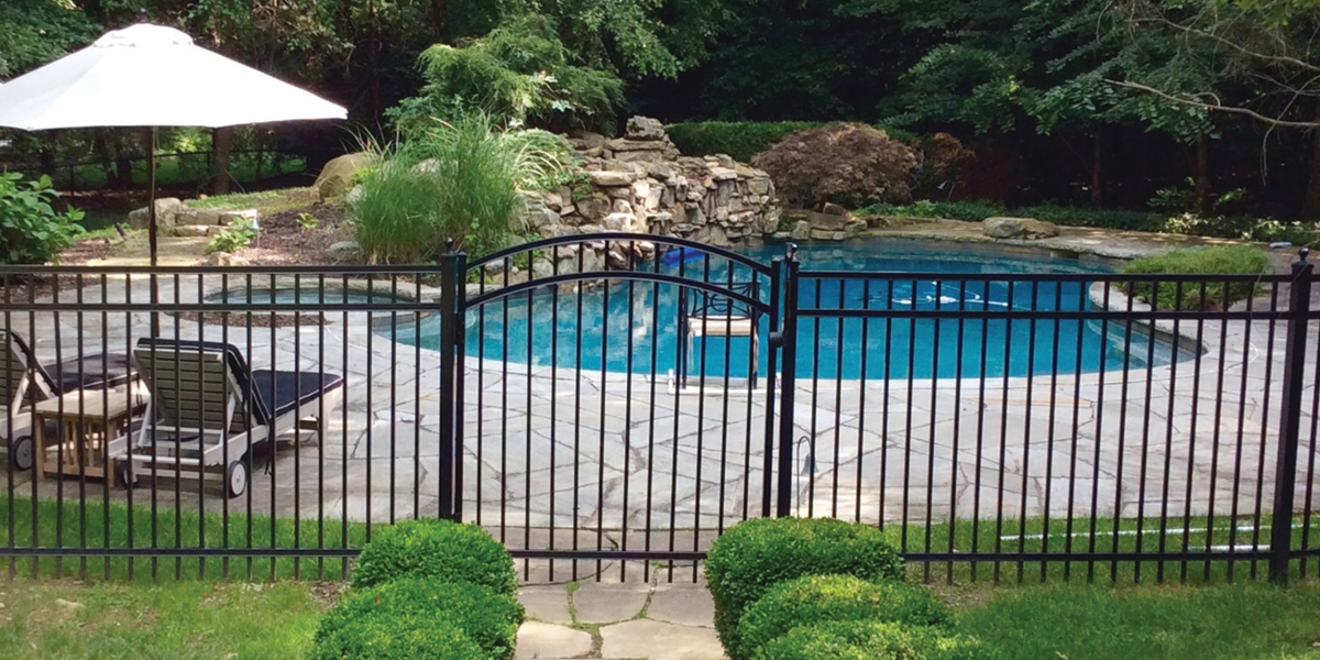 ActiveYards Granite Style Aluminum Pool fence