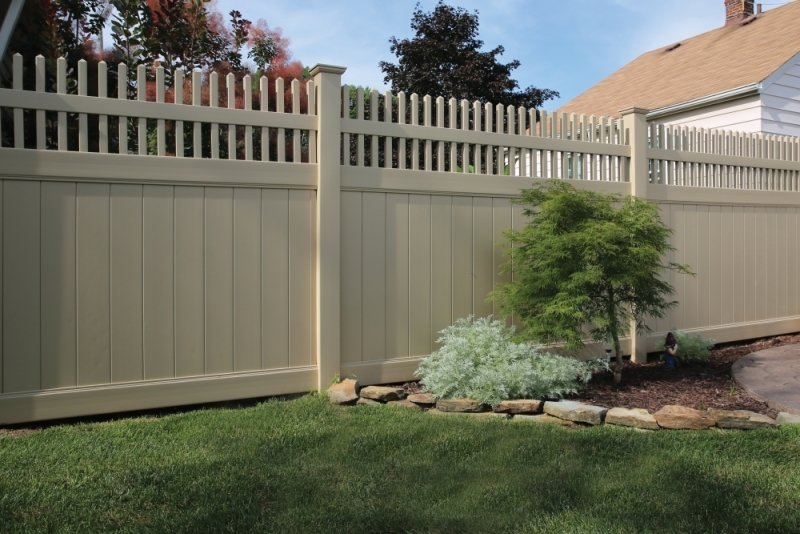 Vinyl Privacy Fence in Georgia